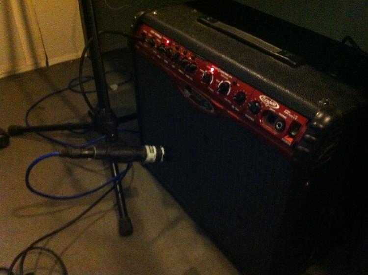 sm57 amp setup.JPG
