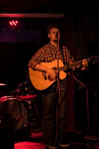 Live at Bar 42 13/04/16, Photo Credit: Leanne Cushnie